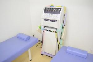 干渉低周波治療器